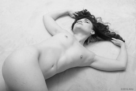 piana duesettequattro alice kyle nuda per allio