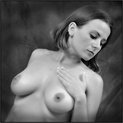 selfsame Allio nuda di Britt Lyn