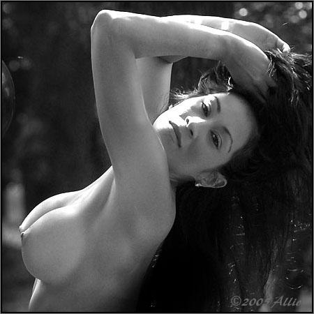 aspetta seni nudi ritratta Allio art di Catalina Lissett nuda musa