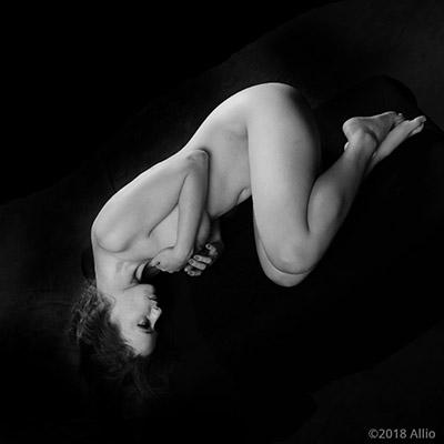 quasi 513 Allio originale arte fotografia di Serenity Dalys completamente nuda