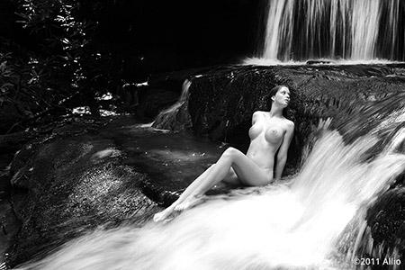 zacchera torrente Allio art of reclining wet nude muse Serenity Dalys seductive secrecy fertility purification
