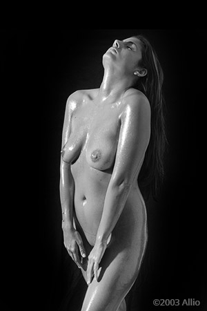 realizzazione indulgenza Allio originale arte fotografia di Melissa Penn musa nuda