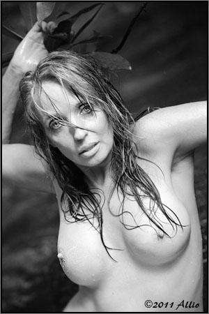 explicit Allio original topfree portrait of timeless model Maria Whitaker nude muse encouraging hope