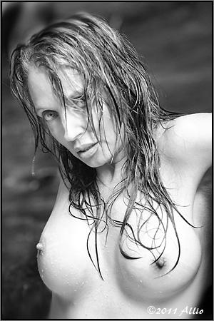 extasies Allio original topfree portrait of timeless model Maria Whitaker nude muse sexual regeneration