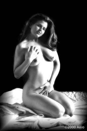 rilevante Allio artwork of nude muse Patti Smith