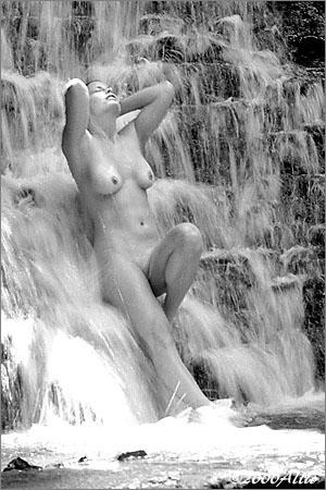 Allio beatitudine orgasmica original visual art of wet nude muse Patti Smith